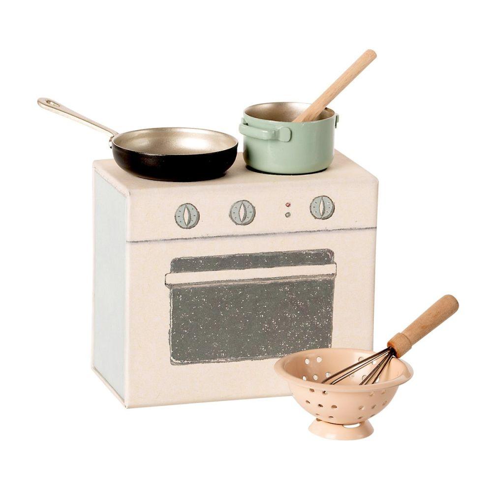 Maileg Køkkensæt - Gryde, pande, dørslag og redskaber