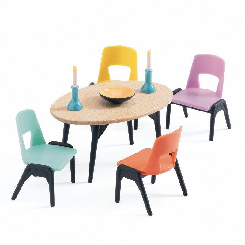 Djeco Dukkehus spisestue farvet stole - Olisan.dk