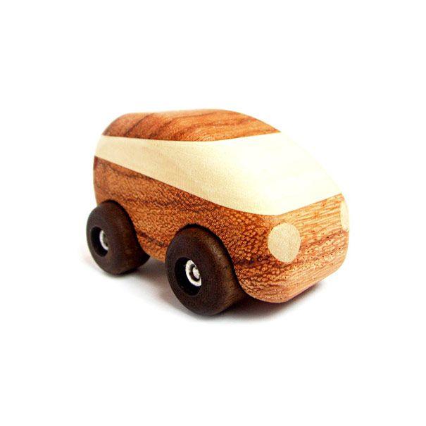 Bil i flere træsorter Olisan.dk