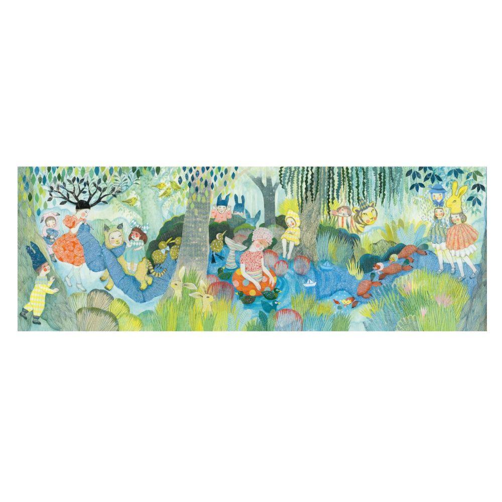 Stort rektangulært puslespil med farverig og livlig illustration. Puslespillet med 350 brikker måler 97 x 33 cm, når det er lagt.